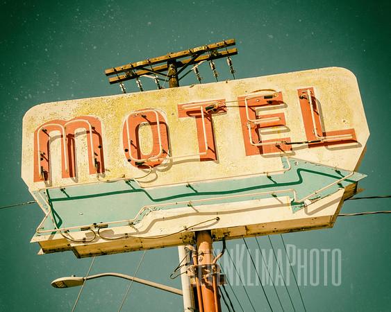 Motels & Hotels