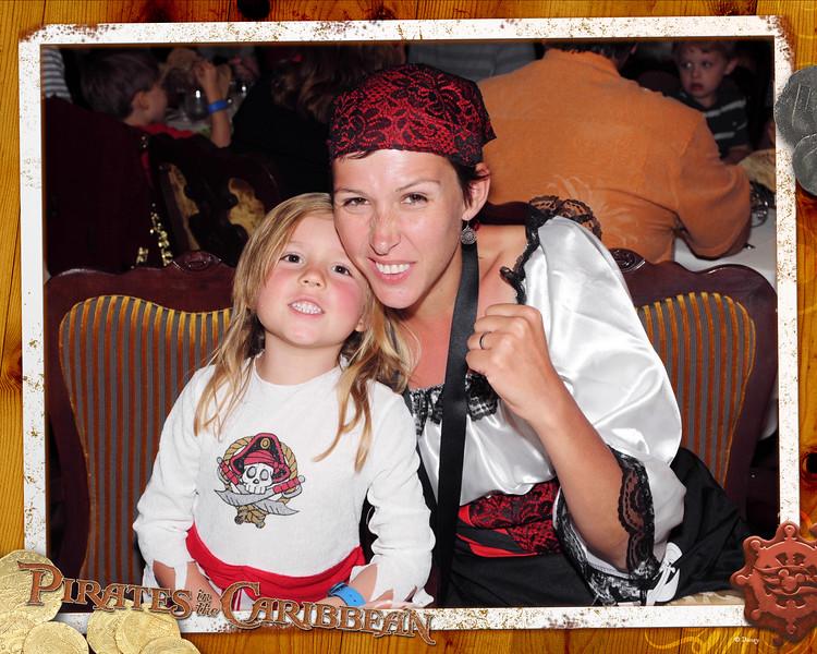 DFN-141209-Pirate_Royal_Court_Resi-13552544.jpg