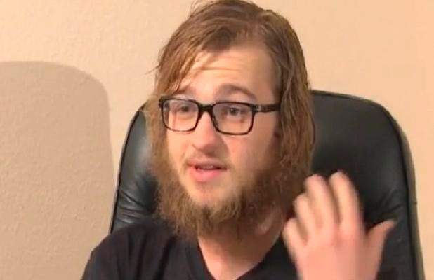 """. <p>5. ANGUS T. JONES <p>Looks like somebody�s breaking Amish. (unranked) <p><b><a href=\'http://abcnews.go.com/WNN/video/angus-jones-radical-new-look-22951488\' target=\""""_blank\""""> HUH?</a></b> <p>   (Photo from YouTube)"""