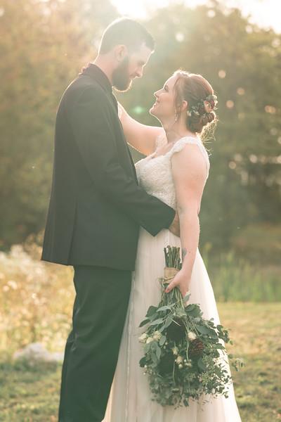 rustic_ohio__fall_barn_wedding-337.jpg