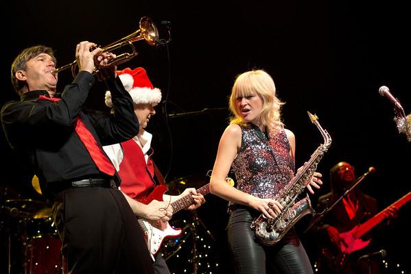 Peter White, Rick Braun & Mindi Abair Christmas Show 2013