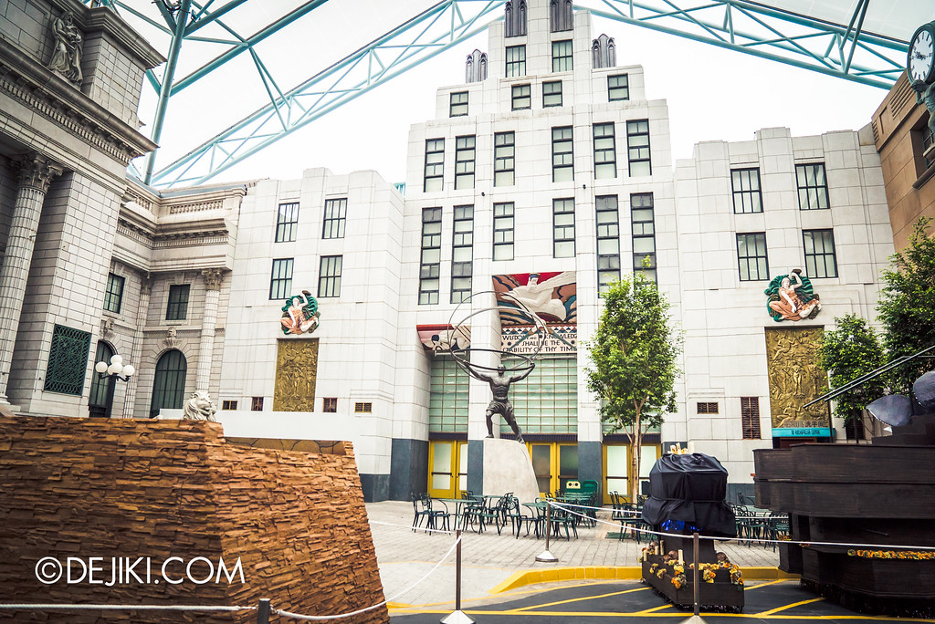 Universal Studios Singapore - Halloween Horror Nights 6 Before Dark Day Photo Report 2 - March of the Dead stage, float and possible entrance to Salem Witch House