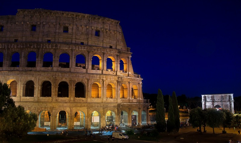 AITALY 2015,11 162B, SMALL, Colusseum at night, Rome.jpg
