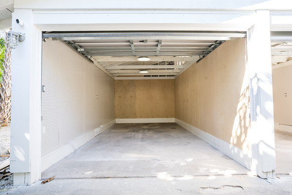 Storage Spaces for Rent Sapphire Shores
