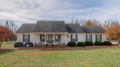 28 Long Meadow Dr Fayetteville TN 37334