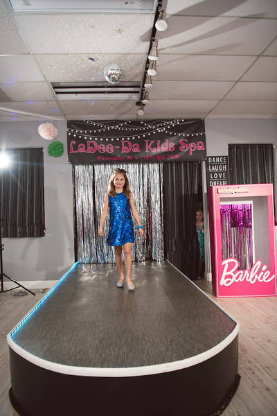 2020-0104-delaney-barbie-party-89.jpg