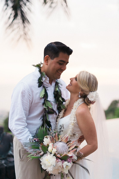 KONA WEDDING // MEGAN AND STEPHEN