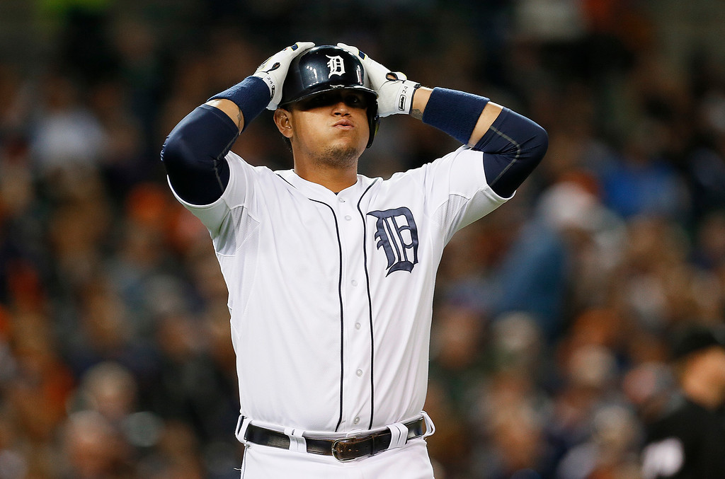 . Detroit Tigers\' Miguel Cabrera reacts to flying out against the Chicago White Sox in the eighth inning of a baseball game in Detroit Monday, Sept. 22, 2014. (AP Photo/Paul Sancya)