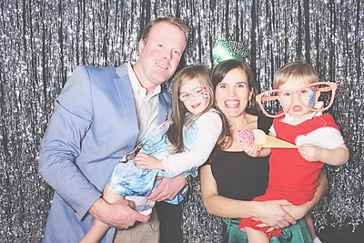12-31-19 Atlanta Ansley Golf Club Photo Booth - Family New Year's Eve - Robot Booth