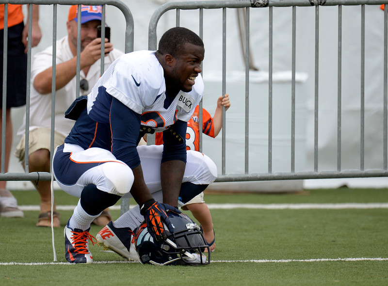 . Denver Broncos RB Ronnie Hillman (21) takes a break during training camp July 29, 2013 at Dove Valley. (Photo By John Leyba/The Denver Post)