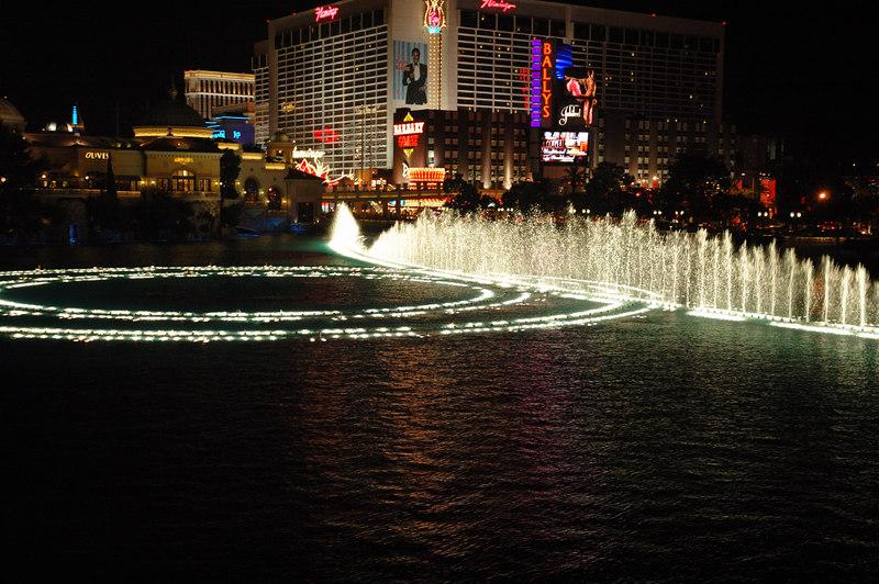 Fountain22.JPG