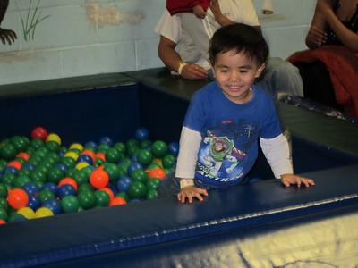 2011-01-13 Brandon Bday Fun at the Jungle