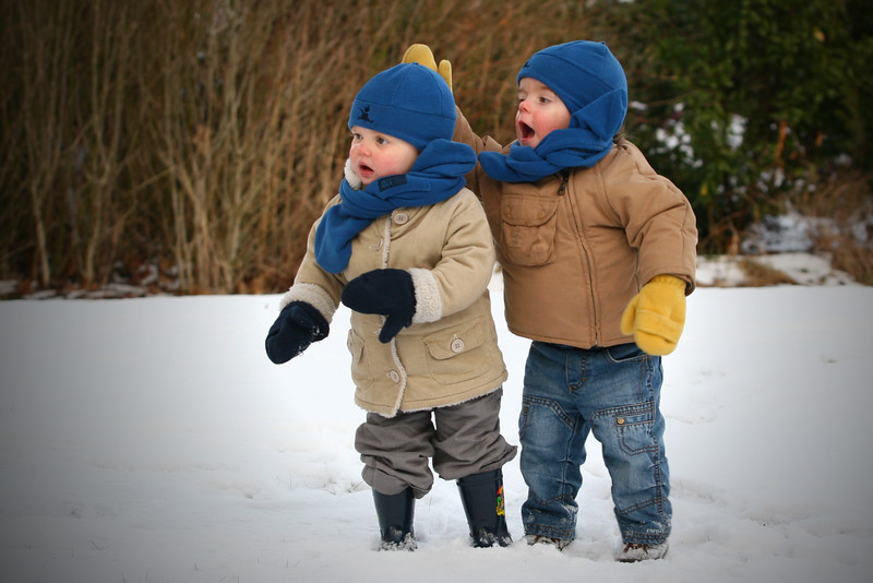 kids in the snow 107bis.jpg