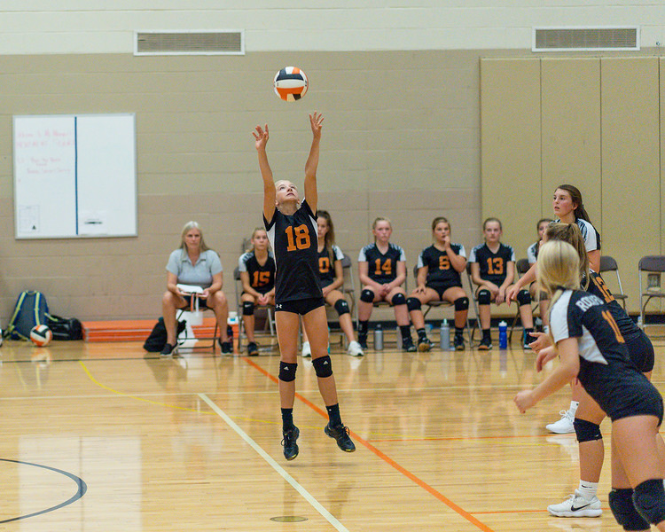 NRMS vs ERMS 8th Grade Volleyball 9.18.19-4989.jpg