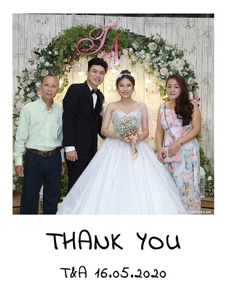 TA-wedding-instant-print-photo-booth-at-Revierside-Palace-Quan-4-Chup-hinh-in-anh-lay-lien-Tiec-Cuoi-011.jpg