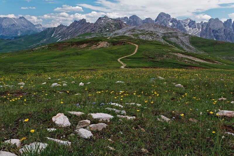 On the traverse to Rifugio Alpe di Tires