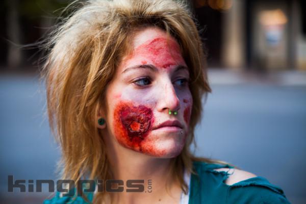 ZombieWalk2012131012181.jpg