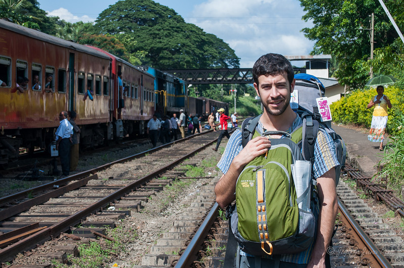 Sri-Lanka-Dambulla-Train-5020.jpg