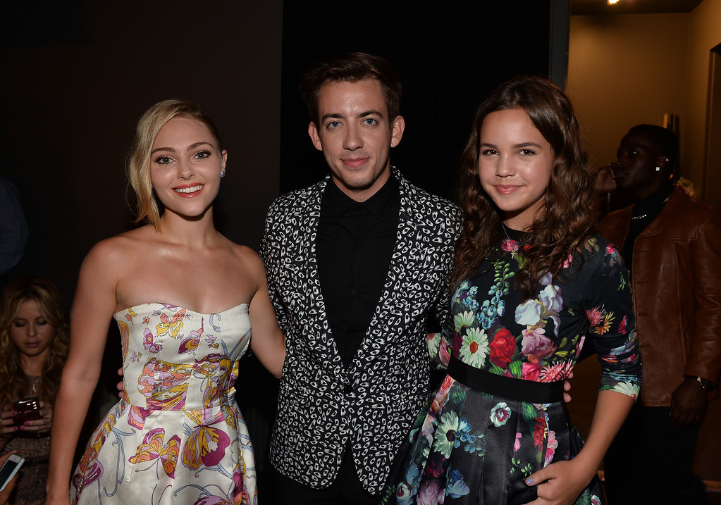 . SANTA MONICA, CA - AUGUST 01: (L-R) Actors AnnaSophia Robb, Kevin McHale and Bailee Madison attend CW Network\'s 2013 Young Hollywood Awards presented by Crest 3D White and SodaStream held at The Broad Stage on August 1, 2013 in Santa Monica, California.  (Photo by Alberto E. Rodriguez/Getty Images for PMC)