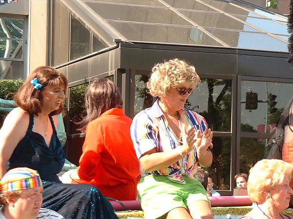 Pride Parade 2001-9.jpg