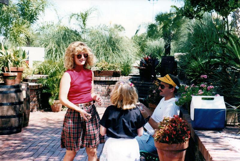 1989_April_Swimming Orlando Pirates Cove _0003_a.jpg