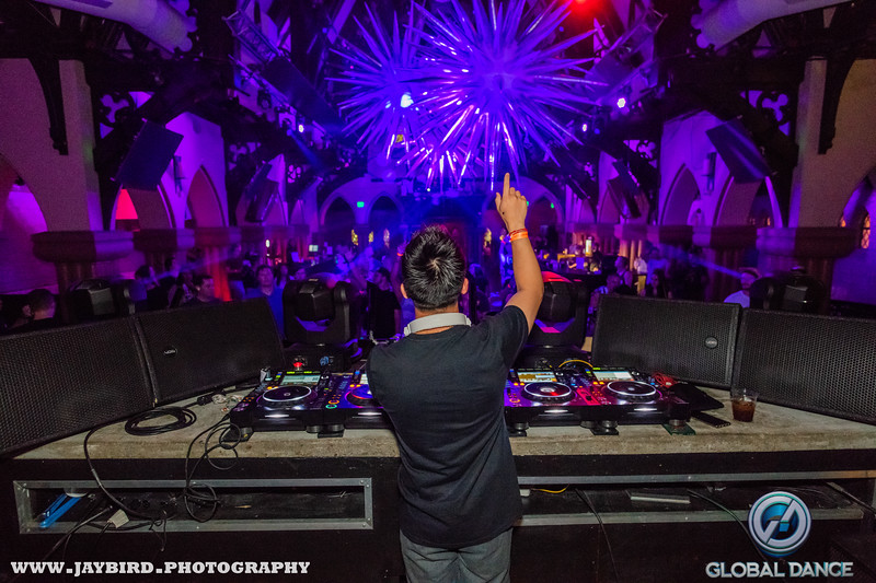 7.12.19 The Church Gareth Emery watermarked-3.jpg