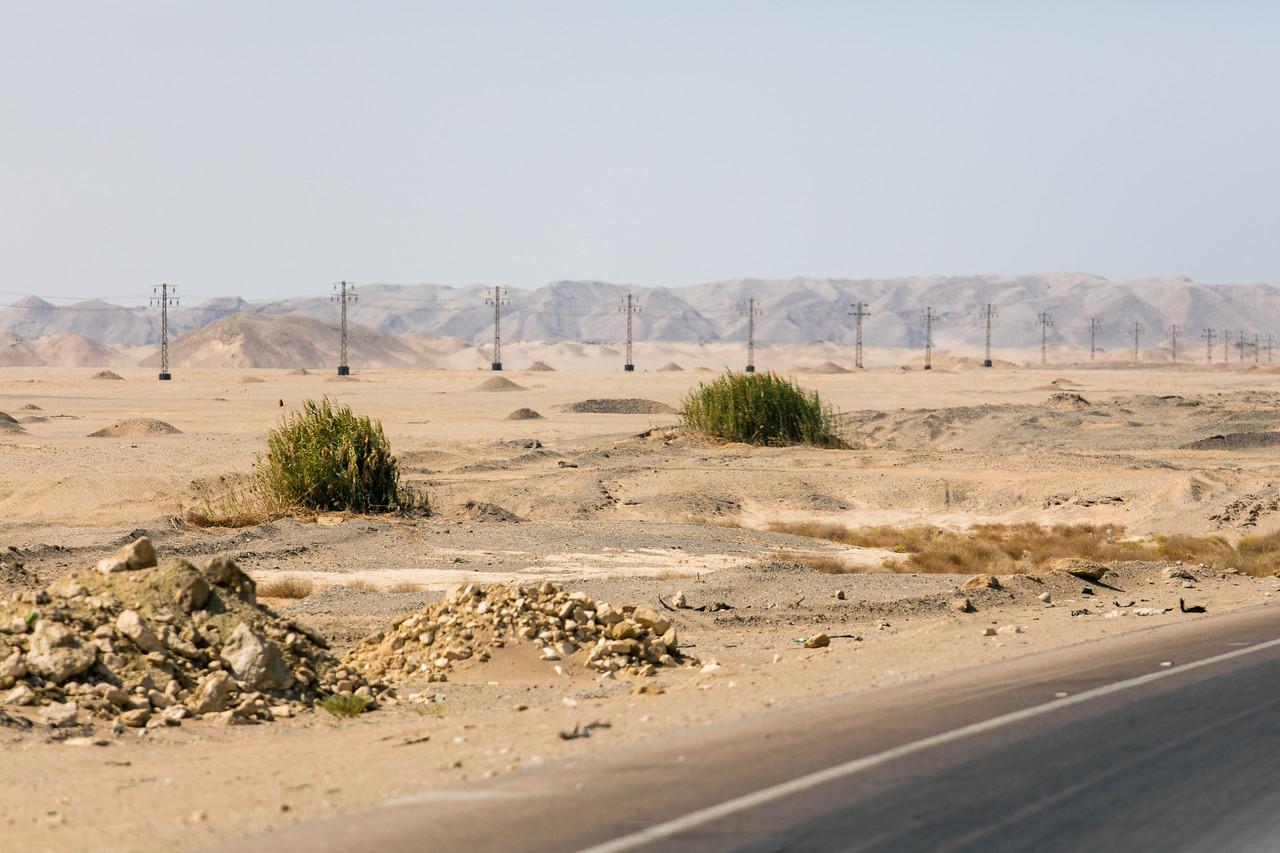 Egipt; Krajobraz; PrzezOknoAutobusu; Safari; pustynia; pustynne klimaty