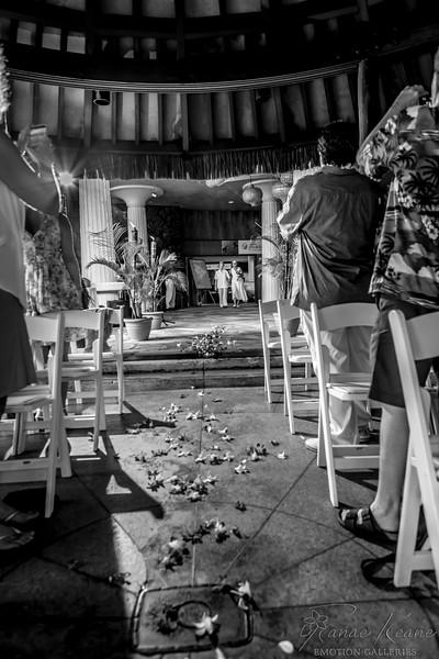 020__Hawaii_Destination_Wedding_Photographer_Ranae_Keane_www.EmotionGalleries.com__141018.jpg