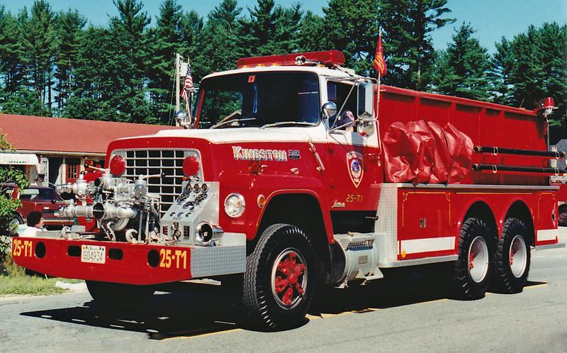 RETIRED  Tanker 1 1980 Ford / Farrar 750 / 2500