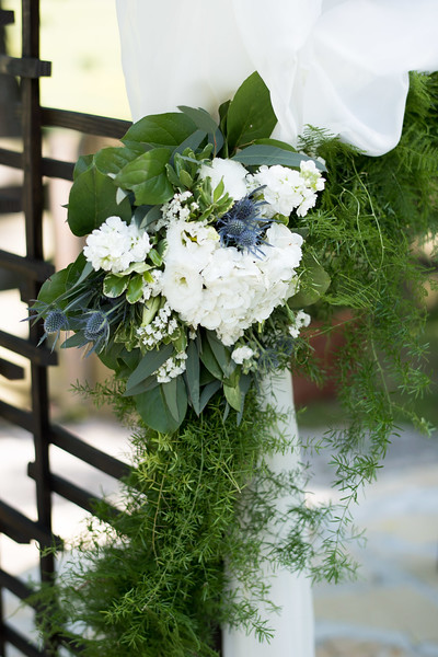 wedding-flower-arrangement.jpg