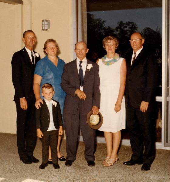 Family of Melvin Ruddell.JPG