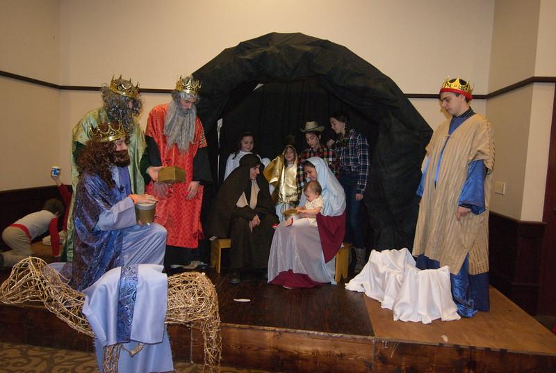 2014-12-21-Christmas-Pageant_165.jpg