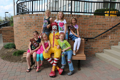 Ronald McDonald House with Girl Scouts