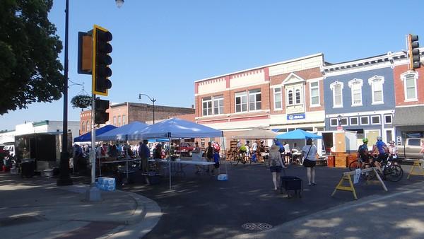 Litchfield Pickers Market June 13, 2021