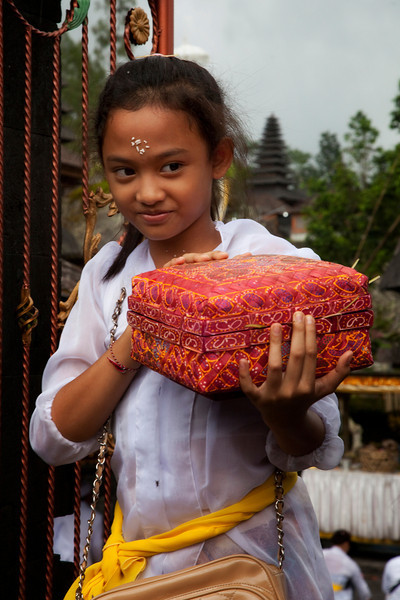 Balinese girl at Besakih Temple