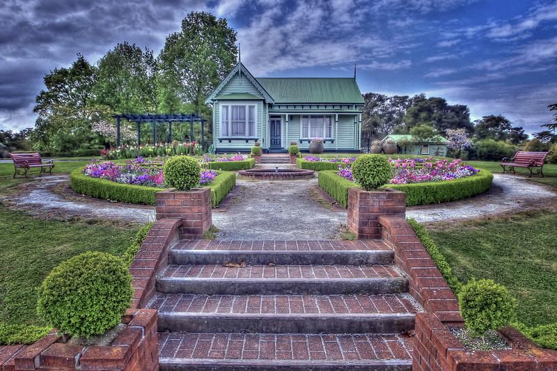 gardners_cottage.jpg