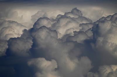 Pilviä     Moln    Clouds