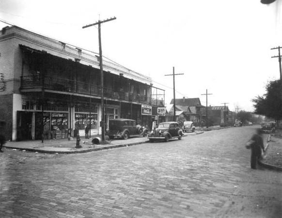 Davis St Commercial4 - Missouri 1941.jpg