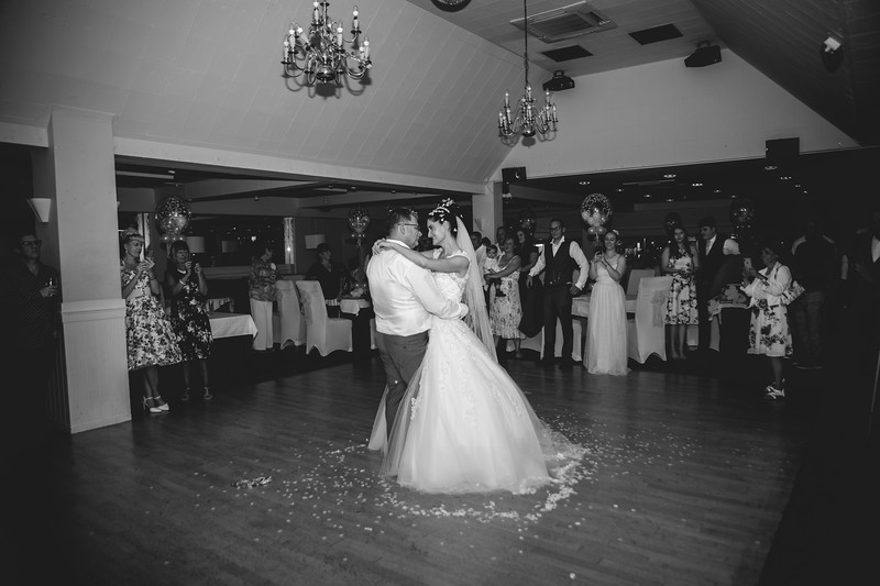 Mr & Mrs Hedges-Gale-241.jpg