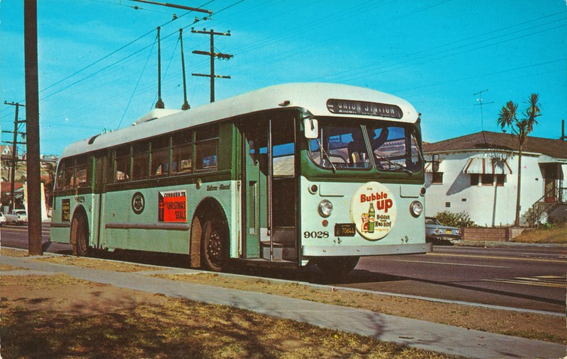 Trolley Bus 9028