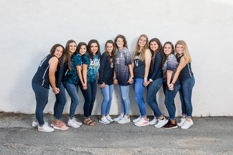 Seniors-2020-GroupPhoto_009.jpg