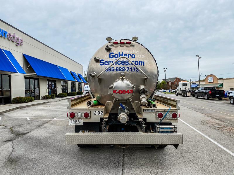 Knoxville-Vehicle-Graphics-Hero-3.jpg