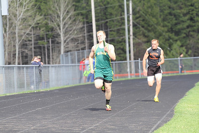 Manton Invite 800 Medley Relay