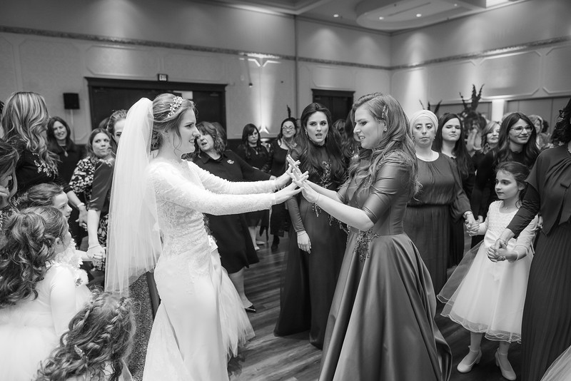 Miri_Chayim_Wedding_BW-706.jpg