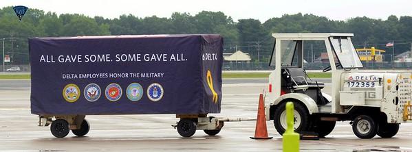 USMC Capt Vincent - Bradley Intl Airport - 070115