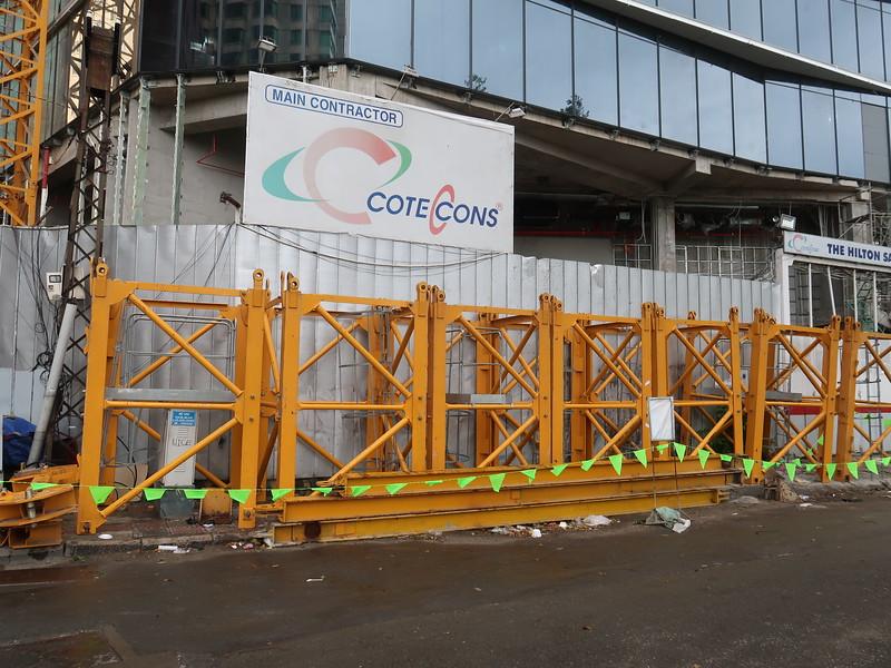 IMG_4698-dismantling-hilton-crane.JPG