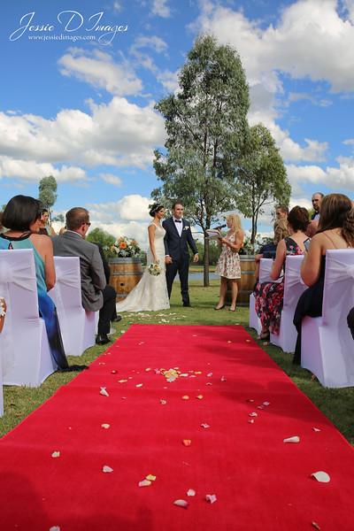 Wedding photo - crowne hunter valley - jessie d images 9.jpg