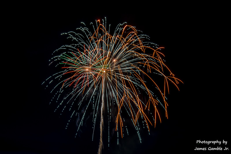 Fourth-of-July-Fireworks-2016-0351.jpg