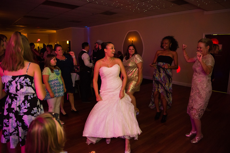 Fraizer Wedding the Reception (121 of 199).jpg