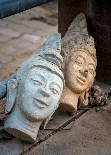 buddha_heads.jpg
